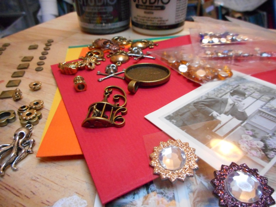 Altered Steampunk Box &Gallery