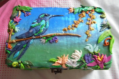 Hummingbird Clay Box