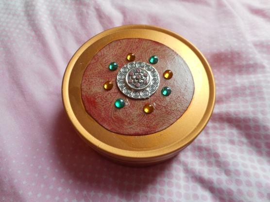 Altered sweet tin